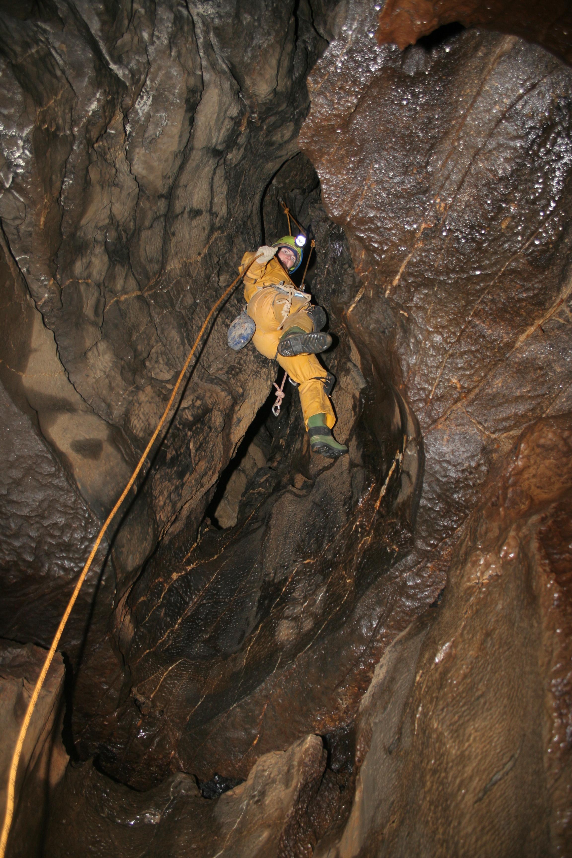 Caving SRT in Notts Pot, Derbyshire